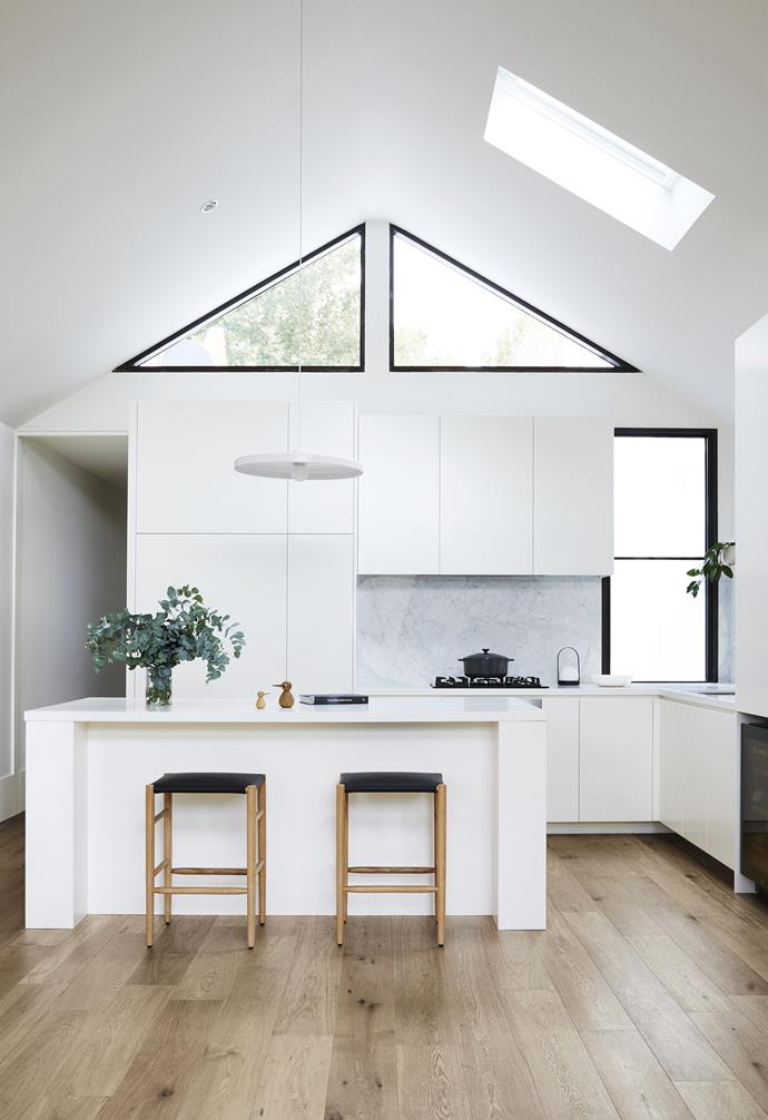 """**Flexibility** """"The renovation has given us a new-found energy for cooking as it's such a pleasant space to be in. The open-plan design means it's much more flexible,"""" says Belinda. Belinda, homeowner"""