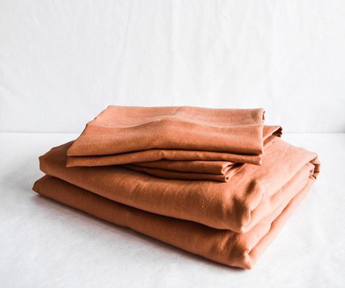 "Linen sheet set in Clay, $485/queen, [In The Sac](https://inthesac.com.au/|target=""_blank""