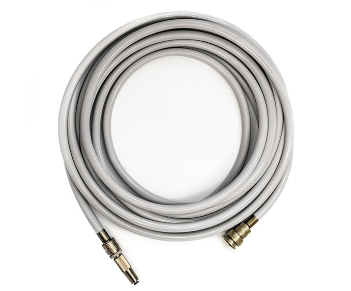 "Available in three Pantone colours, No King hoses are a garden addition worth showing off. Made using agricultural grade hose with recycled rubber core, each hose is UV-protected and kink-resistant. Who knew watering the garden could look this chic? <br><br> [No King Hose](https://www.noking.com.au/product-page/luxe-hose-ivory-10m-20m-30m|target=""_blank""