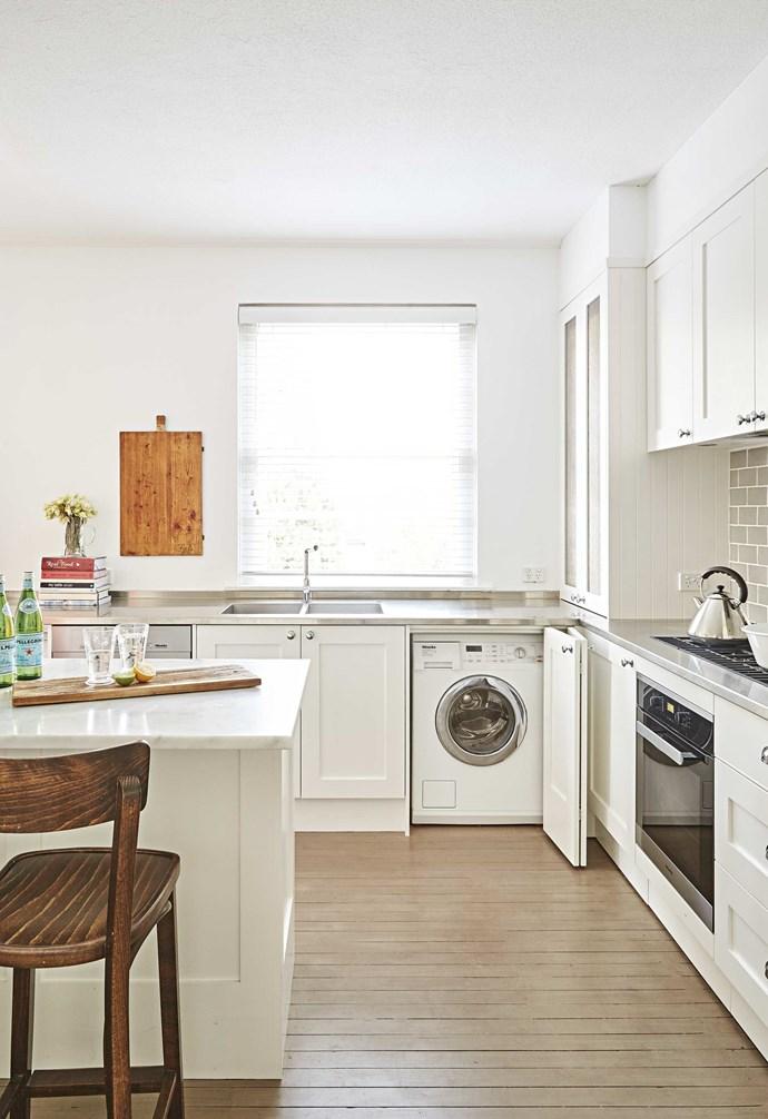 *Design: Provincial Kitchens   Photography: Sue Stubbs*.