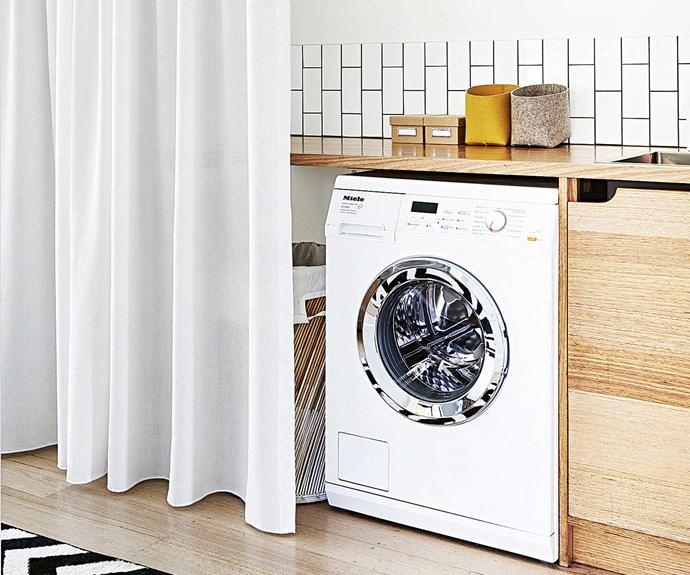 black-white-laundry-design-feb16