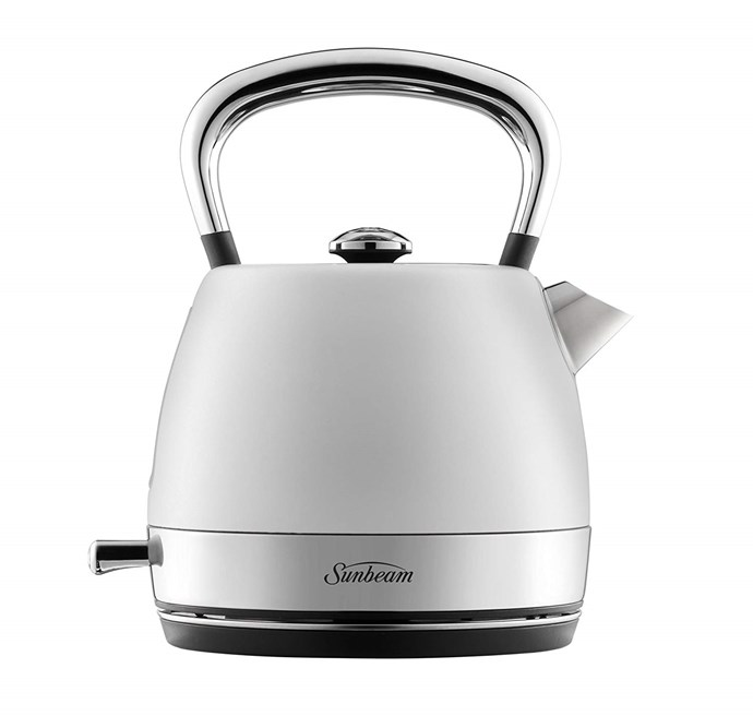 """Sunbeam 'London Collection' **kettle**, was $113.39, now $84.99, from [Amazon](https://www.amazon.com.au/Sunbeam-London-Collection-Kettle-White/dp/B076JR34C7?ref_=Oct_DLandingS_PC_f7a79df0_NA&smid=ANEGB3WVEVKZB