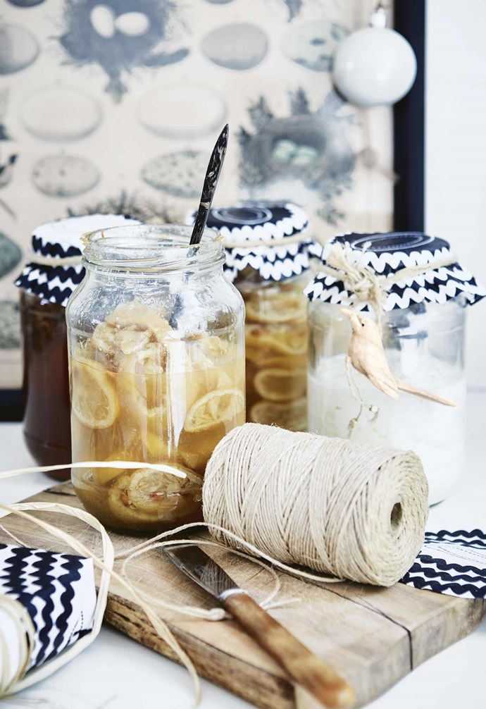 "**DIY preserves** With summer in Cape Town comes an abundance of lemons that Shelley preserves simply with salt a few weeks ahead of Christmas Day to eat with fish and chicken. [Try making baked goods or sweet treats as edible Christmas presents](https://www.homestolove.com.au/christmas-food-presents-19316|target=""_blank""), and create jar covers from fabric cut into rounds and tied with string or ribbon for a personalised touch.  *Styling by Shelley Street 