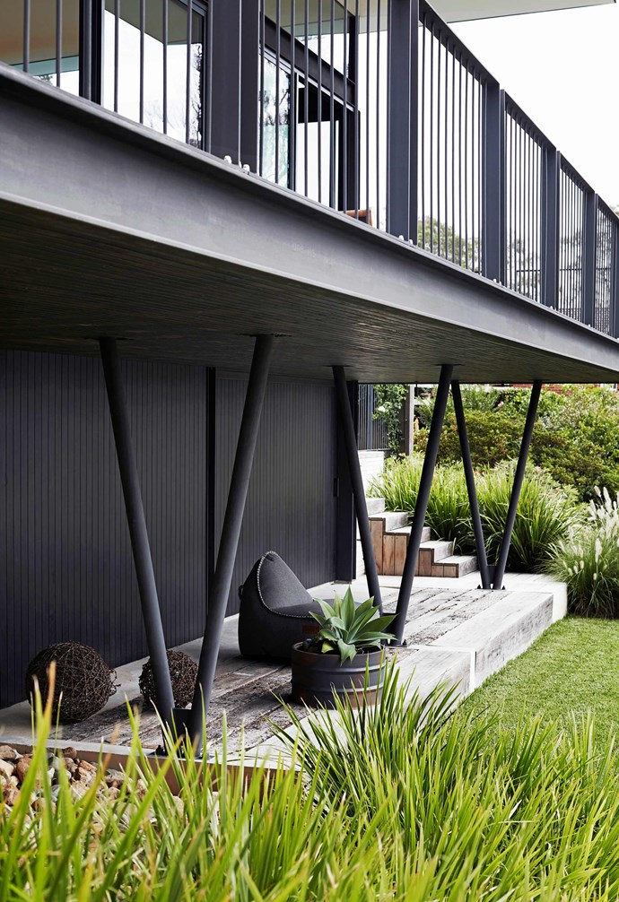 "**Entertain** An intimate deck creates a cosy outdoor retreat when entertaining in the backyard. RETROit Cobana outdoor lounge chair by SACKit, [Robert Plumb](https://robertplumb.com.au/|target=""_blank""