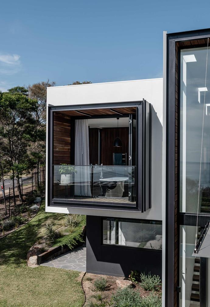"**Pavilion** The design of the home is a series of connected pavilions that make the most of their [natural light](https://www.homestolove.com.au/the-panel-how-to-make-the-most-of-natural-light-16759|target=""_blank"") and views. ""The master bedroom was [oriented to the north and east](https://www.homestolove.com.au/the-aspect-effect-what-does-the-direction-your-property-face-mean-16229