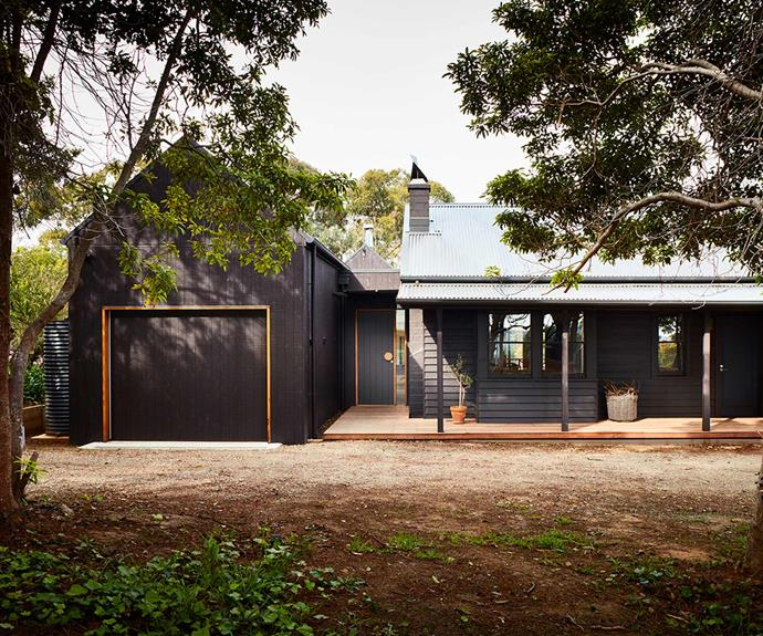 """**Exterior** The home's [exterior](https://www.homestolove.com.au/kerb-appeal-how-to-nail-your-exterior-palette-14909 target=""""_blank"""") has been designed to connect the extension and original home with a complementary material and colour palette. *Design: [Bryant Alsop](https://www.bryantalsop.com.au/ target=""""_blank"""" rel=""""nofollow"""")   Photography: Rhiannon Slatter*."""