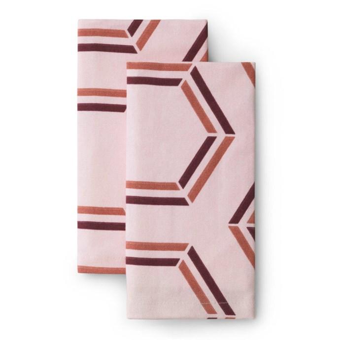 """Santè Toulouse Cloth Napkin (2), $38, [Lightly](https://www.lightly.com.au/product/cloth-napkin-sante-toulouse/ target=""""_blank"""" rel=""""nofollow"""")"""