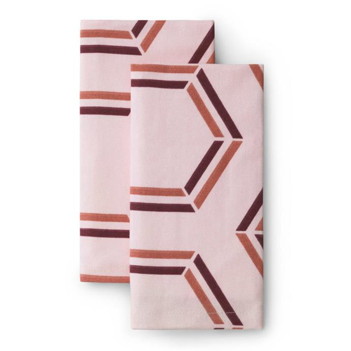 "Santè Toulouse Cloth Napkin (2), $38, [Lightly](https://www.lightly.com.au/product/cloth-napkin-sante-toulouse/|target=""_blank""