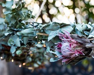 DIY hanging floral wreath