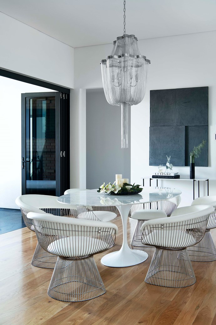 """The showstopping pendant light is from [Hollywood Interiors](https://www.hollywoodinteriors.com.au/