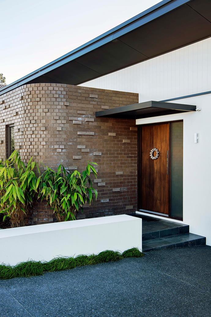 "A mix of 'Jackson' and 'Cascade' bricks from [Austral Bricks](https://australbricks.com.au/|target=""_blank""