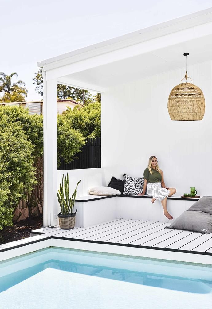 "**Made in the shade** Poolside relaxing is a breeze for homeowner Hannah, with slouchy linens, coastal weaves and crisp white HardieDeck. 'Doux' beanbag, [I Love Linen](https://www.ilovelinen.com.au/|target=""_blank""