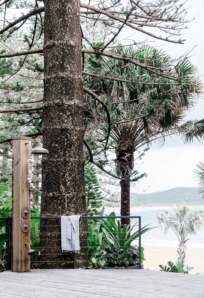 """This [contemporary home on Sydney's northern beaches](https://www.homestolove.com.au/home-on-sydneys-northern-beaches-by-cadence-and-co-5837
