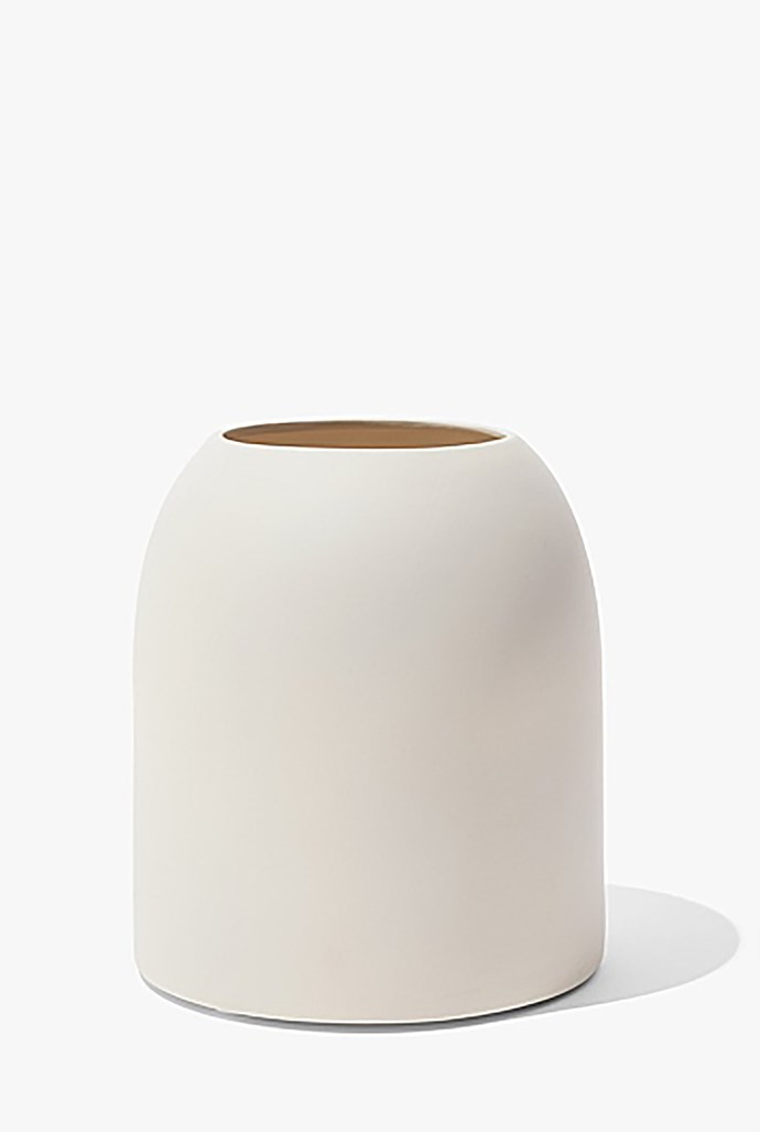 """Small 'Tillie' ceramic **vase**, $39.9, from [Country Road](https://fave.co/2Qs4Fch