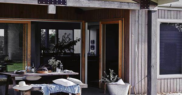 9 Country Verandahs You'll Want To Relax On
