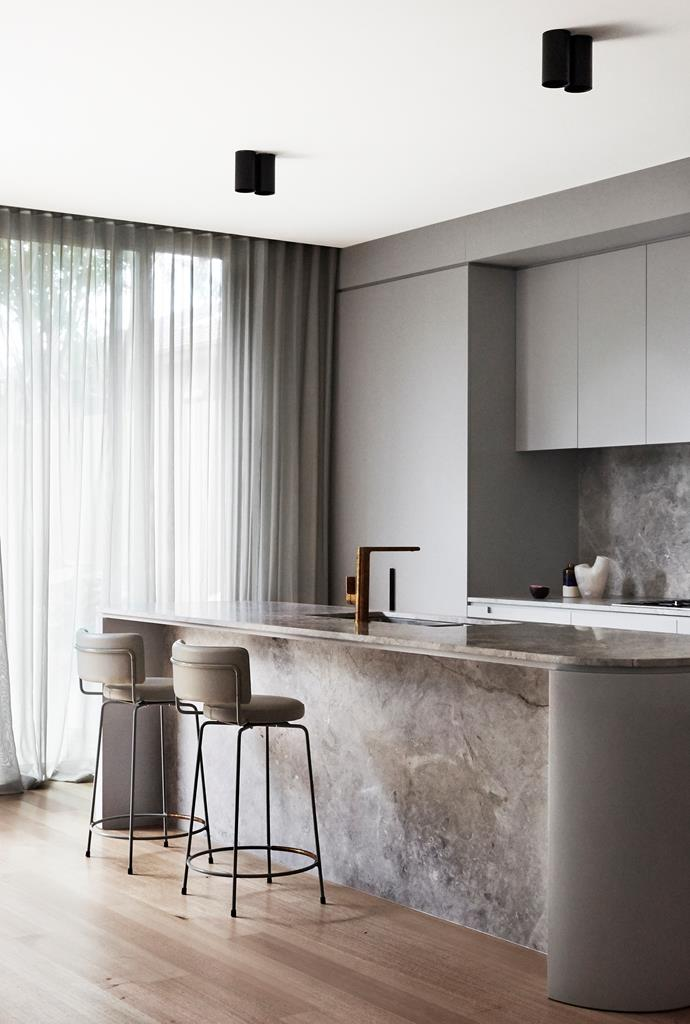 Therese Carrodus of Full of Grace Interiors transformed this small 1940s home in Melbourne's South Yarra into a sleek, high-end pad that now embodies a sense of spaciousness.