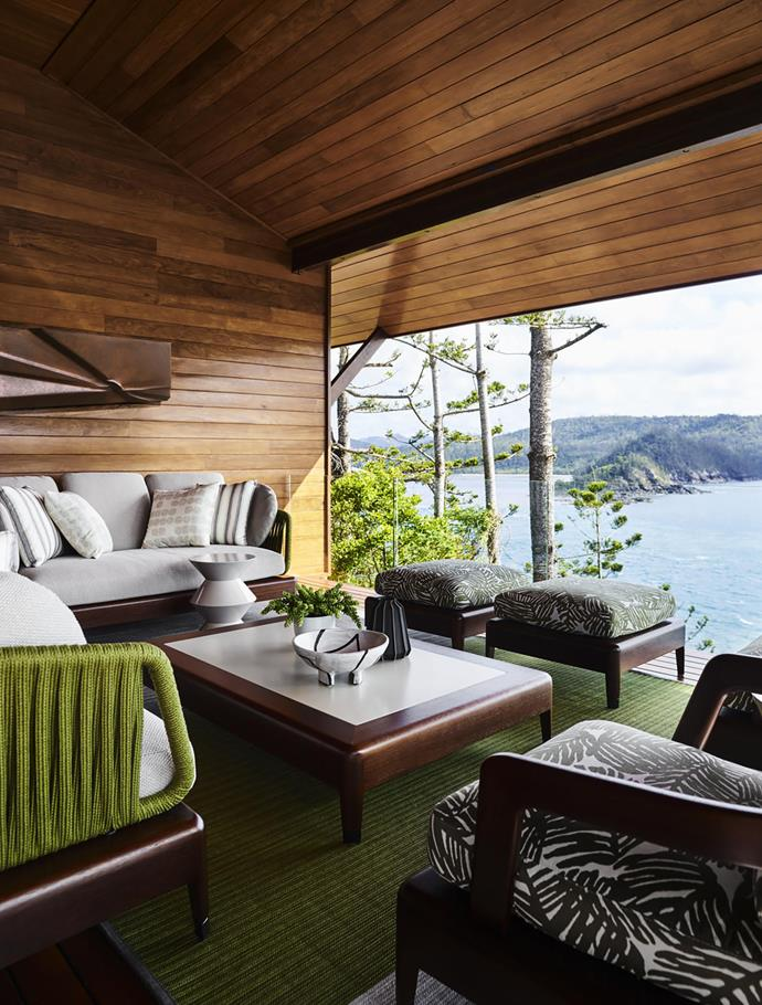 """Designer Greg Natale moved away from his signature look and embraced a more tropical mode for this [holiday home](https://www.homestolove.com.au/greg-natale-hamilton-island-home-19552