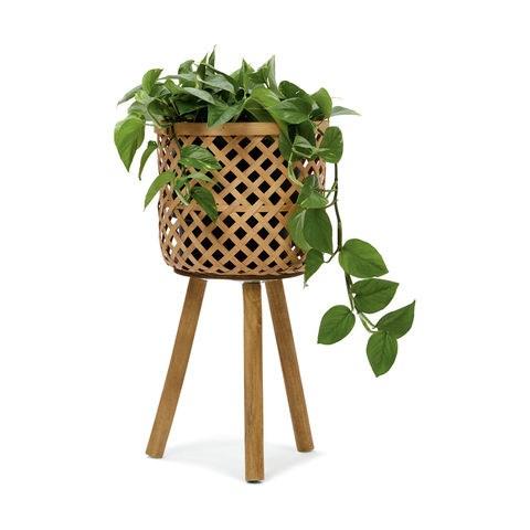 "Bamboo [pot holder](https://www.kmart.com.au/product/bamboo-pot-holder/2334807|target=""_blank""|rel=""nofollow""), $19."