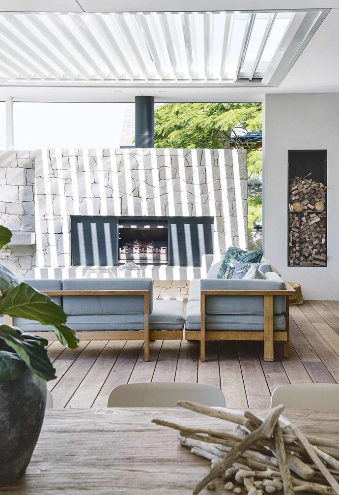 "**Winter winner** Take the classic, relaxing combination of white and timber and give it a modern twist. *Interior design: Malvina Stone (malvinastone@hotmail.com) | Build: [Mosman Bay Luxury Homes](http://mblhomes.com.au/|target=""_blank""