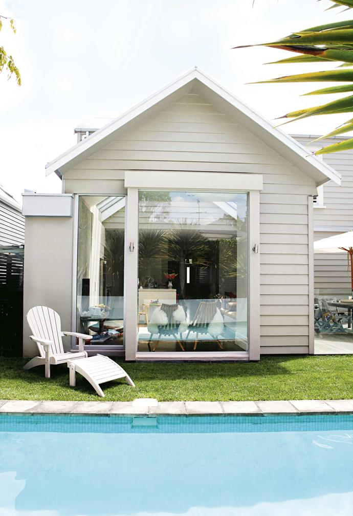 "**Neutral zone** Fashion designer Karen Walker uses an understated exterior colour scheme to suit the character of her 1893 villa in Auckland. *Image courtesy of [Taubmans](https://www.taubmans.com.au/homeowners|target=""_blank""
