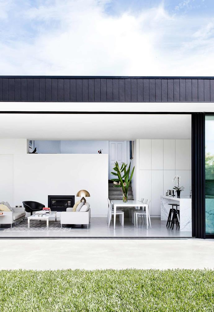 "**Living area** Generous glass sliding doors allow for easy indoor-outdoor living. Fireplace, [Escea](https://www.escea.com/au/|target=""_blank""