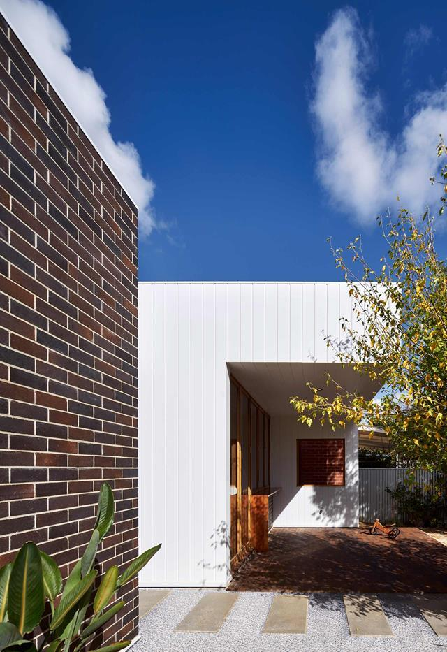"Bricks Benjamin Edwards of Ply Architecture advised using low-maintenance dry pressed bricks in Gledswood Blend from PGH Bricks and Pavers for this [Adelaide renovation](https://www.homestolove.com.au/best-building-materials-19433|target=""_blank""). *Photo*: Sam Noonan 