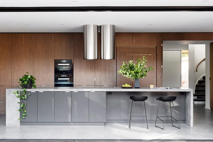 Integrated appliances help this kitchen achieve a high level of design cohesiveness. *Photo: Martina Gemmola / bauersyndication.com.au*