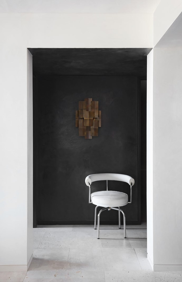 Cassina 'LC7' chair from Cult.