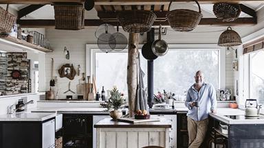 Modern Australian bush home in the Blue Mountains