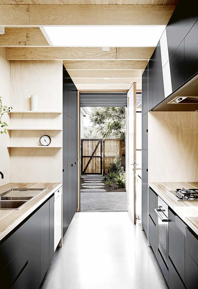 """*Design: [Rob Kennon Architects](http://robkennon.com/