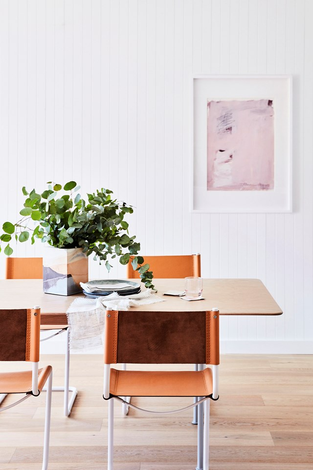 "**TO ADD INSTANT COASTAL VIBES**<P> <P>Blogger Briar Stanley [renovated her red brick house](https://www.homestolove.com.au/red-brick-house-renovation-australia-19757|target=""_blank"") in just eight weeks. To create a classic coastal look (without breaking the bank) she used [Scyon Linear cladding](https://www.homestolove.com.au/hamptons-style-home-exterior-australia-6395