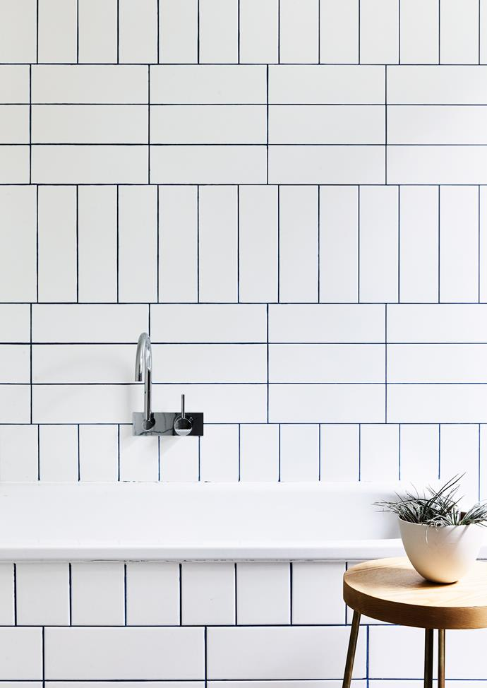 **Gorgeous grout:** Often we put so much thought into our tiles and don't give the same consideration to the surrounding grout. But the right shade of grout (think beyond the standard white or beige), can Make a real feature of neutral-coloured tiles. And it's not as tricky as you might think, thanks to grout stains and colourants that paint onto your existing grout for an instant refresh. *Photo:* Derek Swalwell