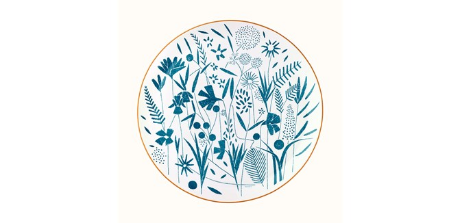 "A Walk in the Garden tart platter, $635, [Hermès](https://www.hermes.com/au/en/product/a-walk-in-the-garden-tart-platter-P043022P/|target=""_blank""