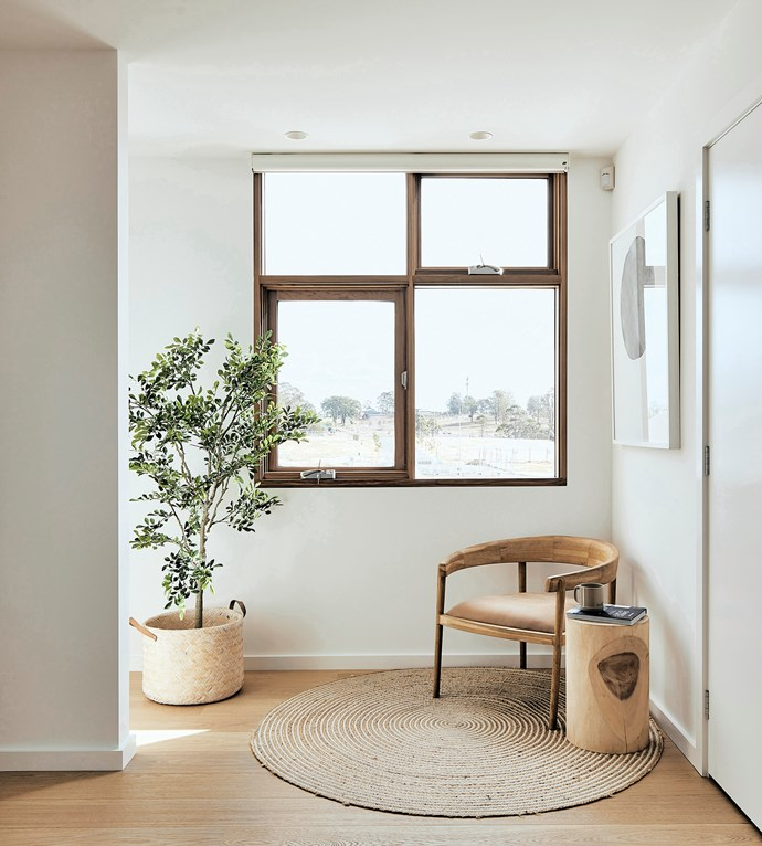 According to *Your Energy Savings*, heat gain through an unshaded window in summer can be 100 times greater than through the same area of insulated wall. *Photo:* Nic Gossage