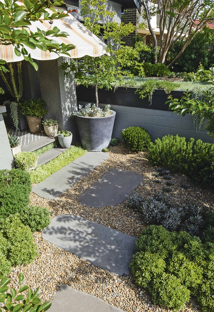 "*Design: [Peter Fudge Gardens](https://www.peterfudgegardens.com.au/ target=""_blank"" rel=""nofollow"")   Phhotography: Jason Busch*."