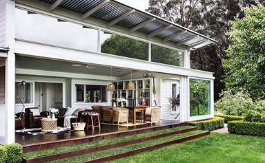 A classic cottage with glass extension in the Southern Highlands