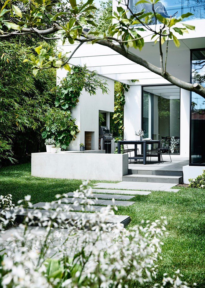 """[This Melbourne garden](https://www.homestolove.com.au/a-garden-of-contrasts-that-works-harmoniously-3105