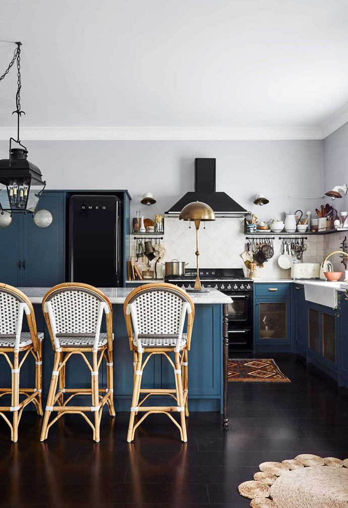 """**Sibella Court 