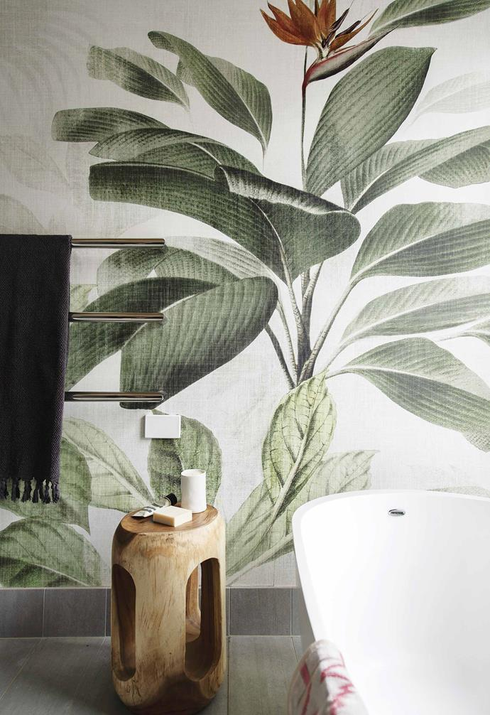 "**Ensuite** In the ensuite, dramatic 'Botanical Bliss' wallpaper from [Origin Wallpaper](https://www.originwallpapers.com/|target=""_blank""