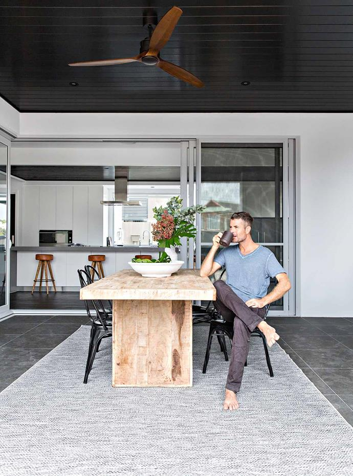 """I also love the indoor and outdoor entertainment areas, as that's where we spend a lot of our time together as a family,"" says Pete. The hero of the [outdoor room](https://www.homestolove.com.au/outdoor-room-inspiration-19616