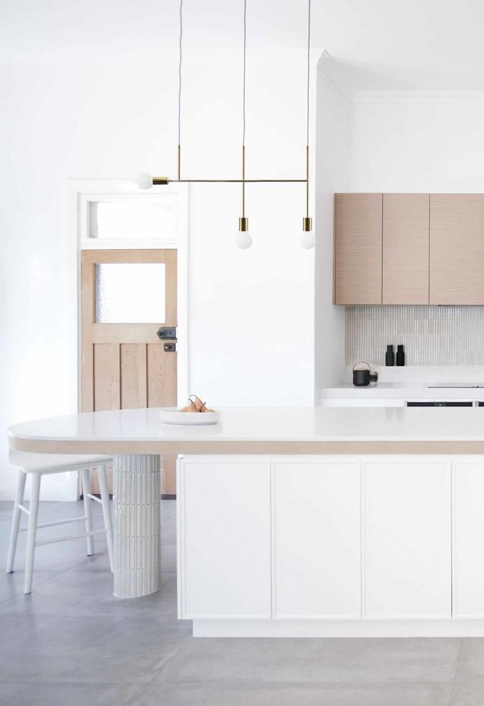 """**Hero piece** The [island's](https://www.homestolove.com.au/kitchen-inspiration-13-of-the-best-island-benches-17943