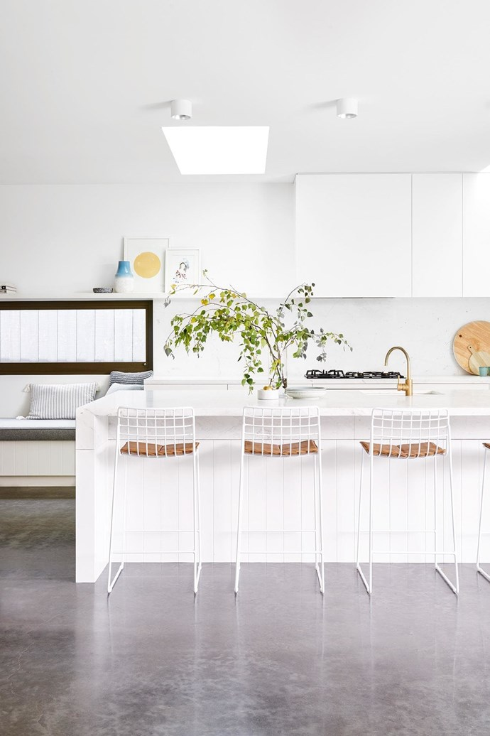 """*[This contemporary Geelong home was built in just five months](https://www.homestolove.com.au/this-contemporary-geelong-home-was-built-in-just-five-months-17561