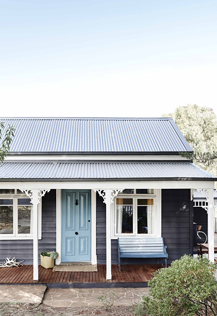 """*[Step inside an interior designer's charming weatherboard cottage in Daylesford](https://www.homestolove.com.au/weatherboard-cottage-daylesford-17070