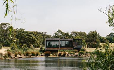 A lake house with modern design on the Mornington Peninsula
