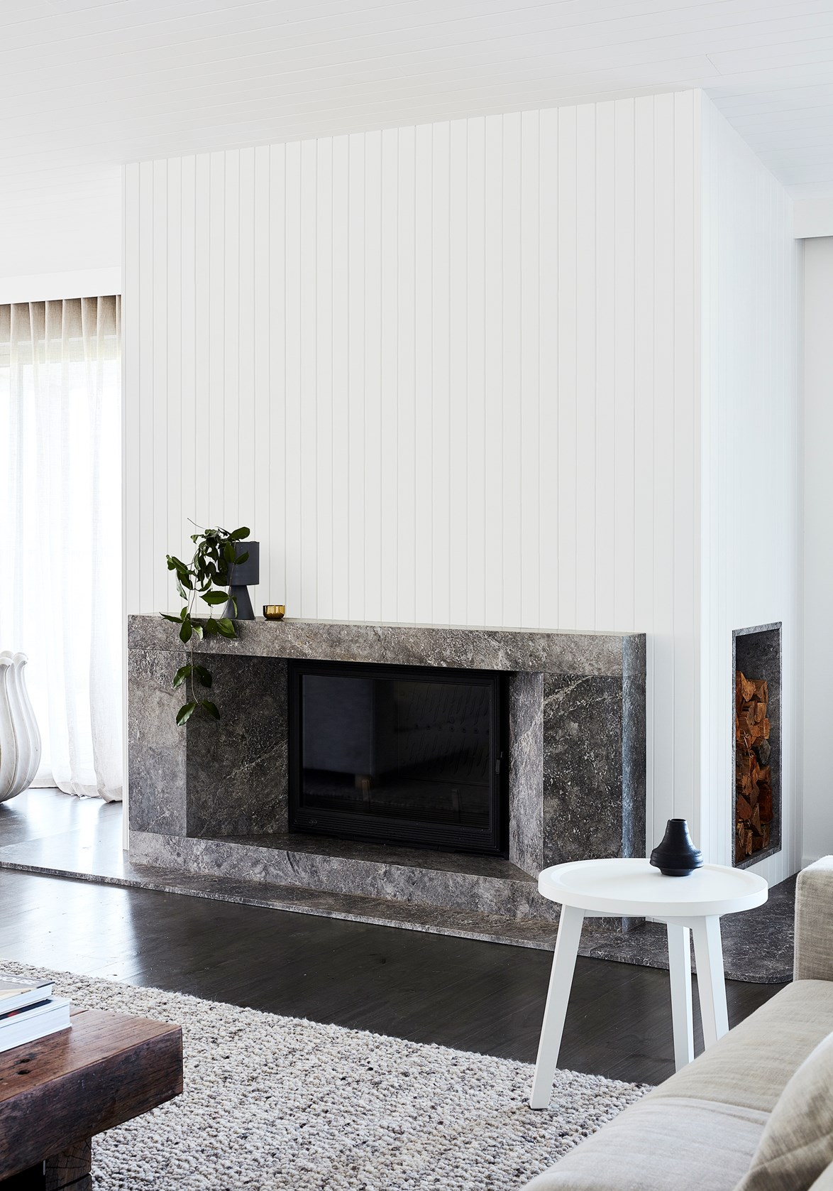 """**TO DRAW THE EYE TO A FEATURE PIECE**<p> <P>A [striking marble fireplace](https://www.homestolove.com.au/fireplace-ideas-6491