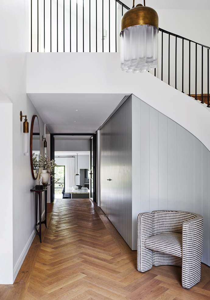 """This [home on Sydney's north shore](https://www.homestolove.com.au/sydney-home-by-arent-and-pyke-19550