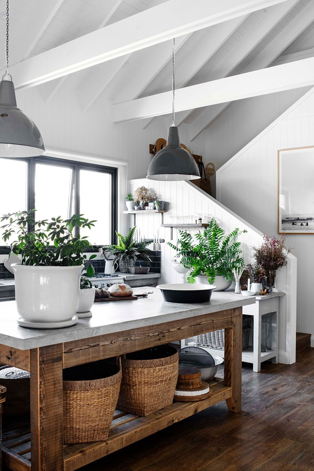 "Free-standing island benches are making a comeback in [modern country kitchens](https://www.homestolove.com.au/country-kitchen-design-ideas-13266|target=""_blank"") . This [modern barn style house](https://www.homestolove.com.au/modern-barn-style-house-19961