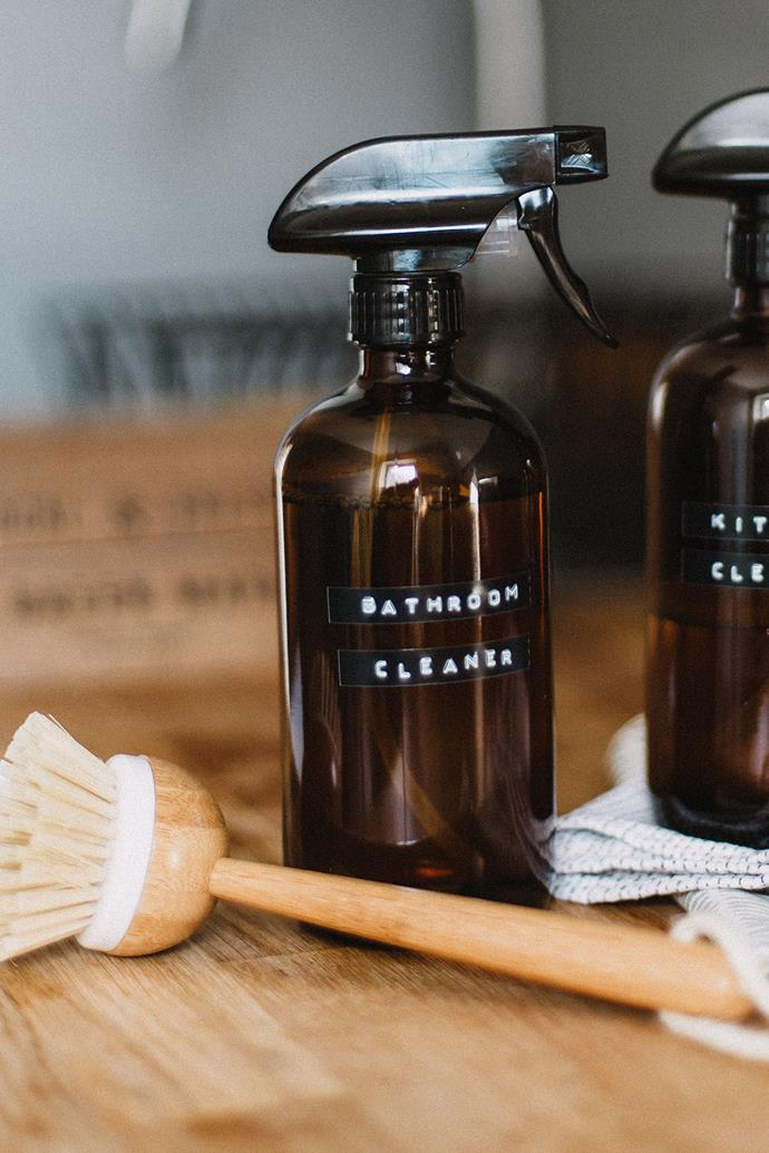 "Refillable glass spray bottles are a good investment if you plan to make your own DIY natural bathroom cleaner. *Photo: Daiga Ellaby on [Unsplash](https://unsplash.com/@daiga_ellaby|target=""_blank""
