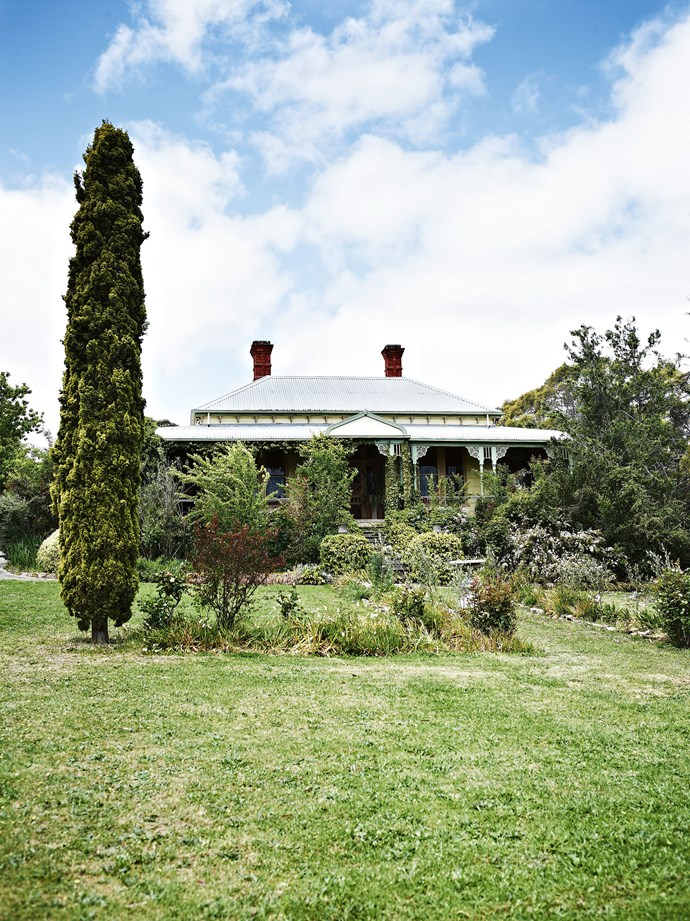 """Dudleigh, as the house is named, was built in 1892 by a Mr Beddard, owner of Castlemaine's Royal Hotel, who planted a vineyard on the surrounding eight hectares of """"rocks and dreadful soil"""". The house overlooks a sprawling front garden."""