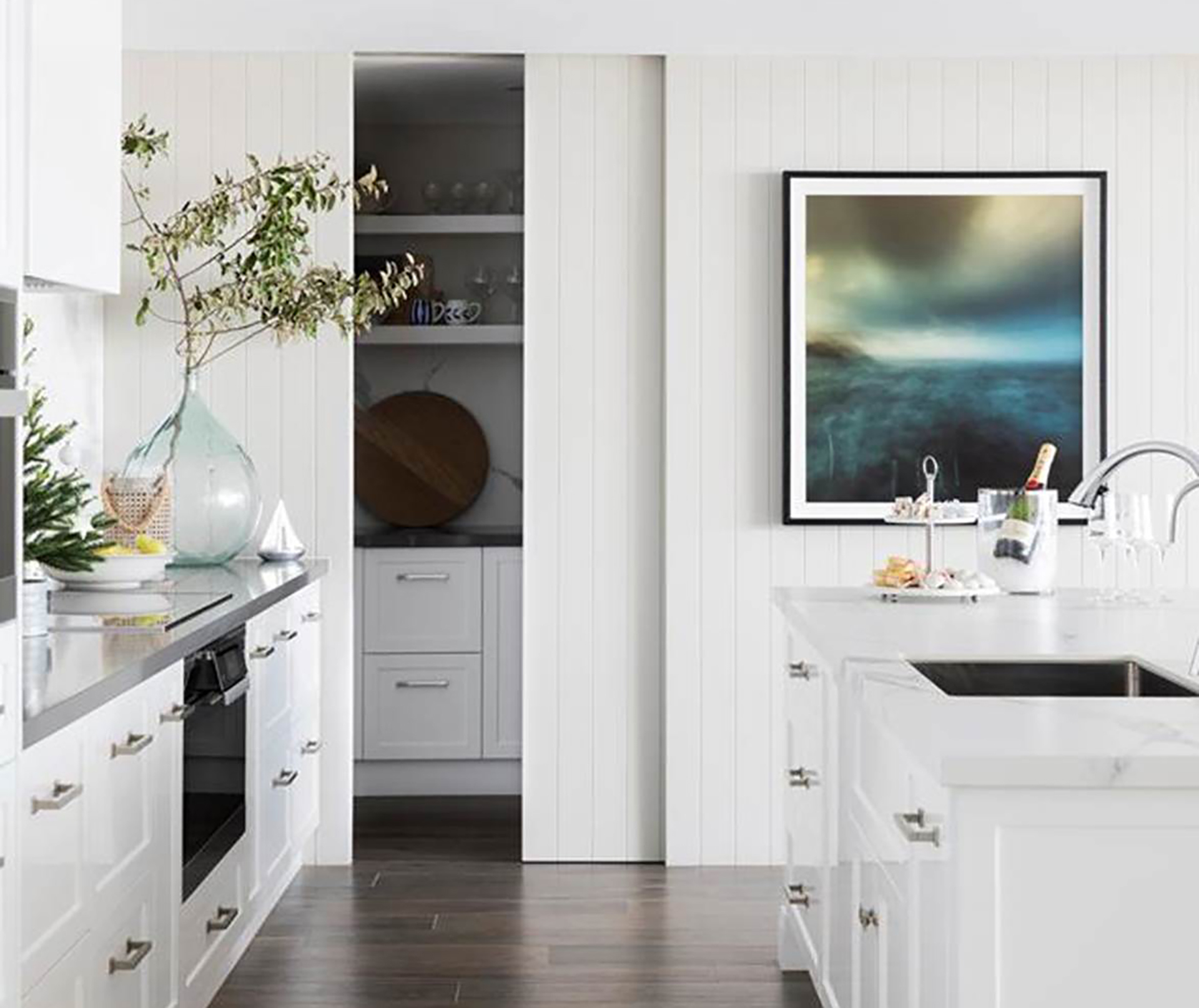 Kitchens, Laguna Beach, Furniture